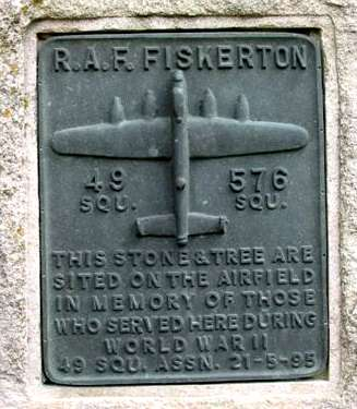 "RAF Fiskerton memorial plaque ""This stone and tree are sited on the airfield in memory of those who served here during World War II (49 Sqn Assn 21-5-95)"""